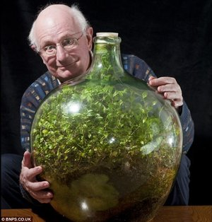 Ecosphere Sealed for Over 50 Years